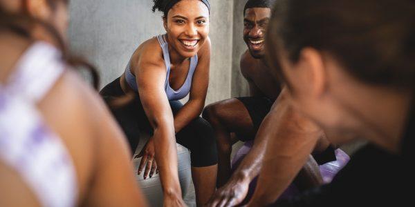 workout-group-class-at-the-gym-U5RE5GC (cmprs)